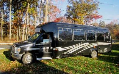 NY,NJ,PA,CT 20-22 Passenger  Party Bus Limousine Service